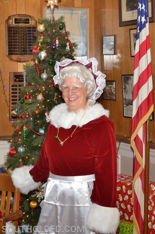 Mrs Claus of 'cause!