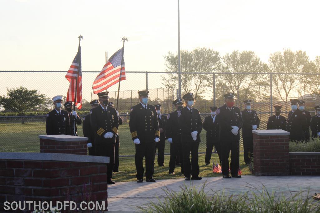 Salute to fallen heroes.
